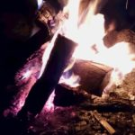 集いと癒しの炎