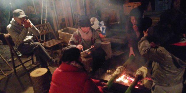 ~バームクーヘンを焼きながら、ハーモニカの音にクリスマスソングも歌いました♫~