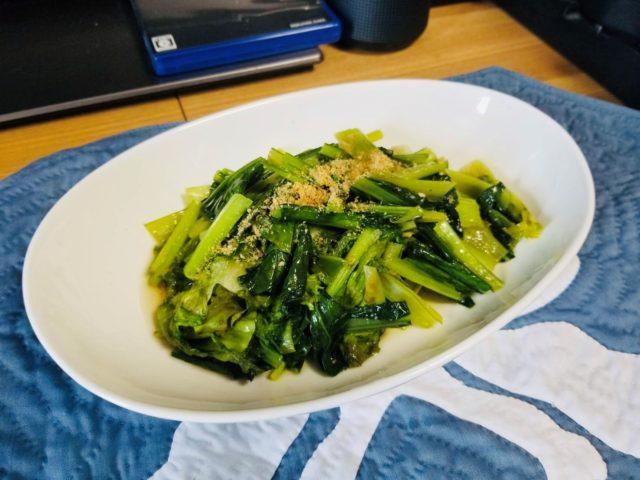 小松菜とリーフレタスの青菜炒め