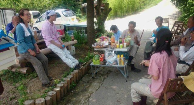 2016.6.15②平日の里山しごとの休憩中