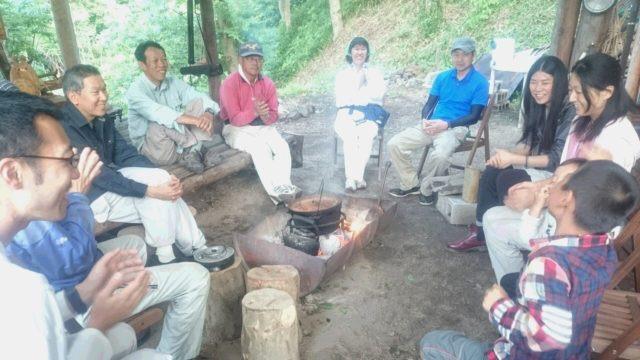 ~森の若者応援講座の講師陣も参加。明るい内にみんなで記念撮影♪~